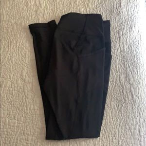 """Lululemon All the Right Places 28"""" size 10"""